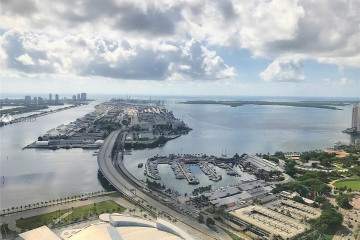 Home for Sale at 888 Biscayne Blvd #5704, Miami FL 33132