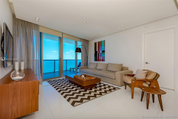 Home for Sale at 17001 Collins Ave #2502, Sunny Isles Beach FL 33160