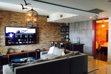 Home for Sale at 1100 Biscayne Blvd #4704, Miami FL 33132