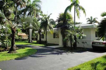 Home for Rent at 5530 Alhambra Cir, Coral Gables FL 33146