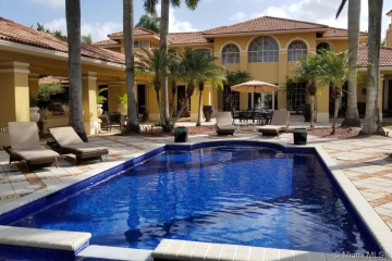 Home for Sale at 3460 Stallion Lane, Weston FL 33331