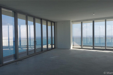 Home for Sale at 18975 Collins Ave #3400, Sunny Isles Beach FL 33160