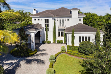 Home for Sale at 414 Rovino Ave, Coral Gables FL 33156