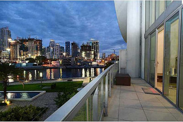Home for Sale at 92 SW 3rd St #309, Miami FL 33130