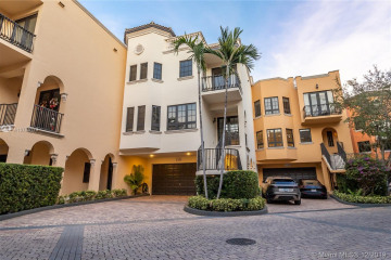 Home for Sale at 3471 Main Hwy #1239, Coconut Grove FL 33133