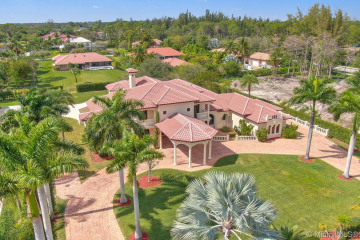 Home for Sale at 6423 NW 63rd Way, Parkland FL 33067