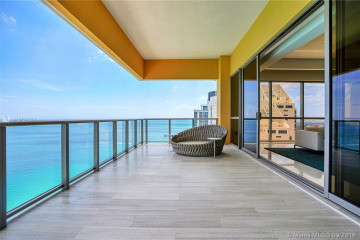 Home for Rent at 17749 Collins Ave #3202, Sunny Isles Beach FL 33160