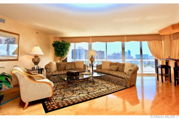 Home for Sale at 2600 Island Blvd #1002, Aventura FL 33160
