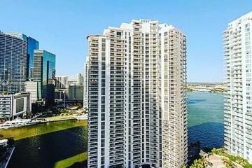 Home for Sale at 801 Brickell Key Blvd #2702, Miami FL 33131