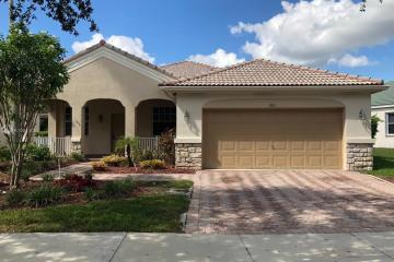 Home for Rent at 3851 Falcon Ridge Cir #3851, Weston FL 33331