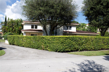 Home for Rent at 4117 Alhambra Cir #4117, Coral Gables FL 33146