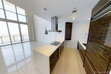 Home for Sale at 1100 Biscayne Blvd #4505, Miami FL 33132