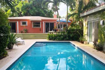 Home for Rent at 4055 Bonita Ave, Miami FL 33133
