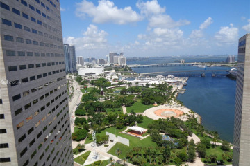 Home for Sale at 325 S Biscayne Blvd #3618, Miami FL 33131