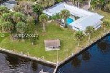 Home for Rent at 2523 SW Conch Cove Lane, Palm City FL 34990