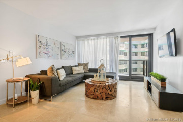 Home for Rent at 5225 Collins Ave #1114, Miami Beach FL 33140
