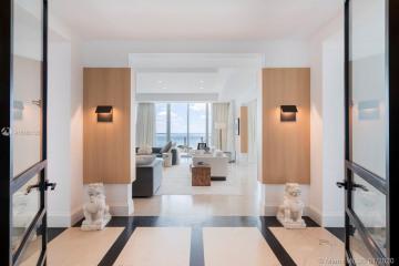 Home for Sale at 2627 S Bayshore Dr #PH 3002, Miami FL 33133