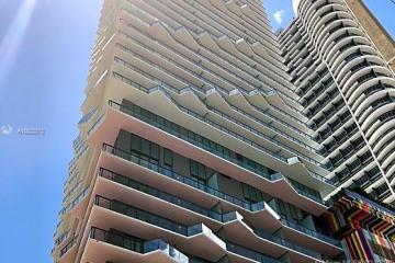Home for Sale at 1300 S Miami Ave #1105, Miami FL 33130