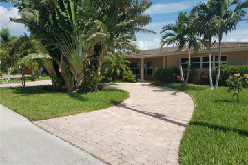 Home for Rent at 2121 NE 29th St, Lighthouse Point FL 33064