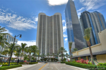 Home for Sale at 17201 Collins Ave #1609, Sunny Isles Beach FL 33160