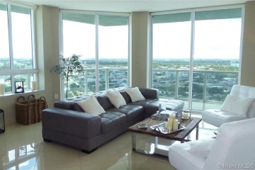 Home for Rent at 1900 N Bayshore Dr #3318, Miami FL 33132
