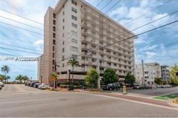Home for Sale at 345 Ocean Dr #1109, Miami Beach FL 33139