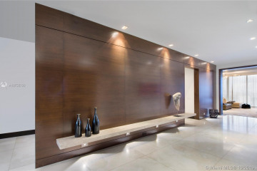 Home for Sale at 800 S Pointe Dr #702, Miami Beach FL 33139