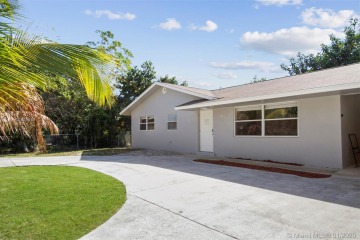 Home for Sale at 1944 Holman Dr, North Palm Beach FL 33408