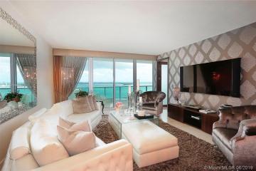 Home for Sale at 1331 Brickell Bay Dr #2305, Miami FL 33131