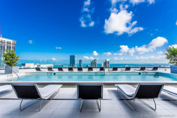 Home for Sale at 55 SW 9th St #PH4501, Miami FL 33130