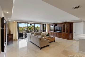 Home for Rent at 1 Grove Isle Dr #A204, Miami FL 33133