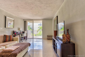 Home for Rent at 1670 Bay Rd #3C, Miami Beach FL 33139