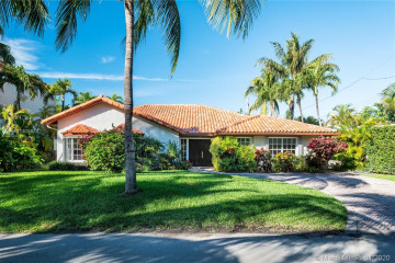 Home for Sale at 560 Hampton Ln, Key Biscayne FL 33149