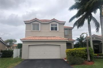 Home for Rent at 4249 Magnolia Ridge Dr #4249, Weston FL 33331