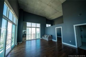 Home for Sale at 133 NE 2nd Ave #LP13, Miami FL 33132