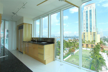 Home for Sale at 1000 S Pointe Dr #908, Miami Beach FL 33139