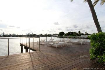 Home for Sale at 3 Island Ave #PHK, Miami Beach FL 33139