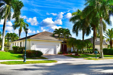 Home for Rent at 2528 Golf View Dr, Weston FL 33327