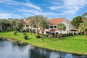 Home for Sale at 402 W Sea Oats Dr #A, Juno Beach FL 33408