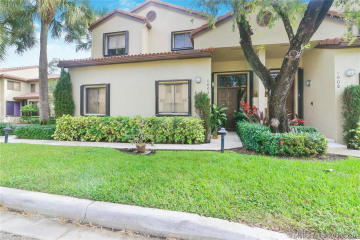 Home for Sale at 1004 NW 105th Ave #C-121, Plantation FL 33322