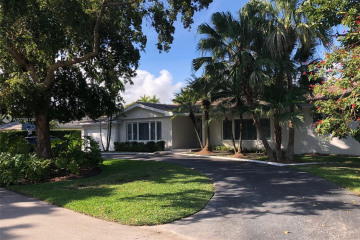 Home for Rent at 735 Coronado Ave, Coral Gables FL 33143