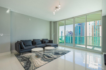 Home for Sale at 3340 NE 190 St #LPH1709, Aventura FL 33180