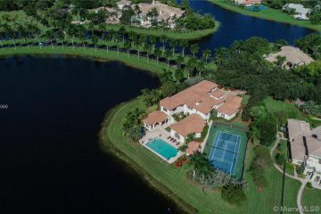Home for Sale at 3230 Hunter Road, Weston FL 33331