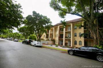 Home for Sale at 338 Majorca Ave #205, Coral Gables FL 33134
