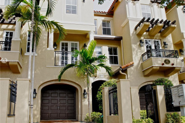 Home for Rent at 615 Santander Ave #B, Coral Gables FL 33134