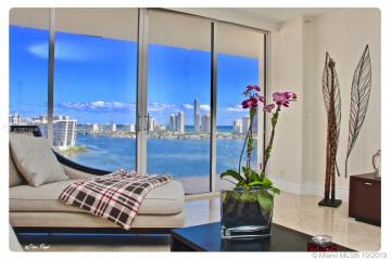 Home for Sale at 2800 Island Bl #2002, Aventura FL 33160