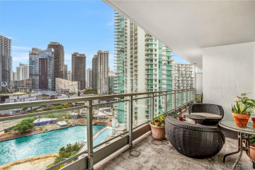 Home for Rent at 90 SW 3rd St #2302, Miami FL 33130