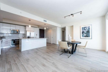 Home for Rent at 999 SW 1st Ave #1806, Miami FL 33131