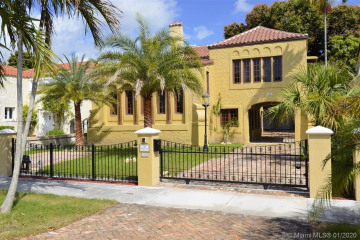 Home for Rent at 317 Mendoza Ave, Coral Gables FL 33134