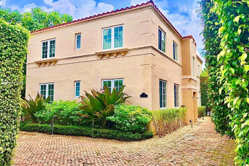 Home for Rent at 1545 Meridian Ave, Miami Beach FL 33139